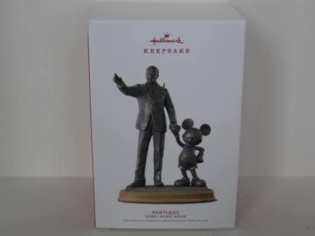 Disney Mickey Mouse Partners Christmas Ornament (NEW